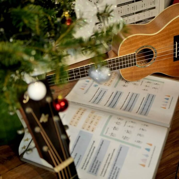 Kolędy na ukulele kolędy na gitarę